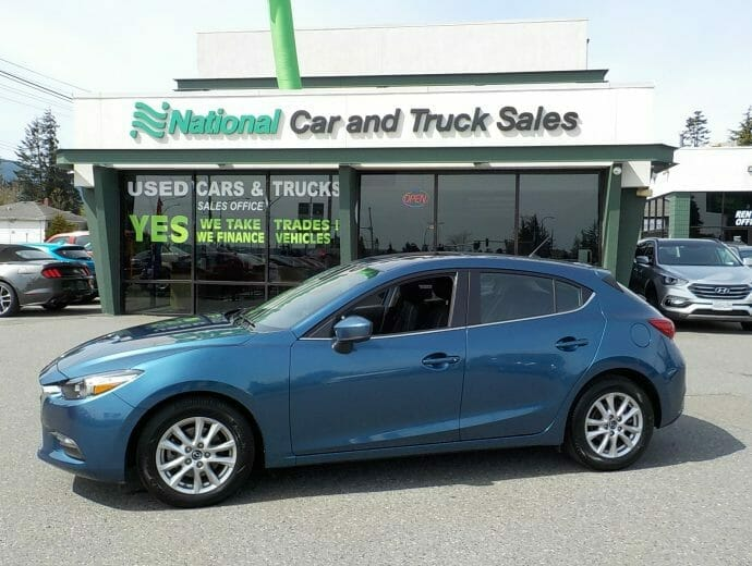 Used Student Vehicles - Mazda 3